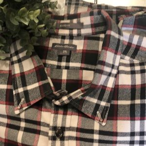 Eddie Bauer Shirts - 🌟EDDIE BAUER 2XL-Relaxed fit button down shirt